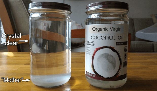 Цвят на органично кокосовото масло